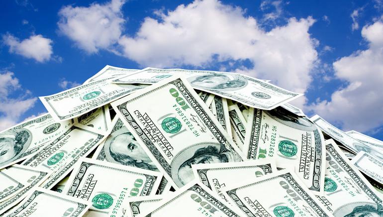 Lieliskais maija turnīrs piedāvā spēlētājiem €100,000 lielu summu