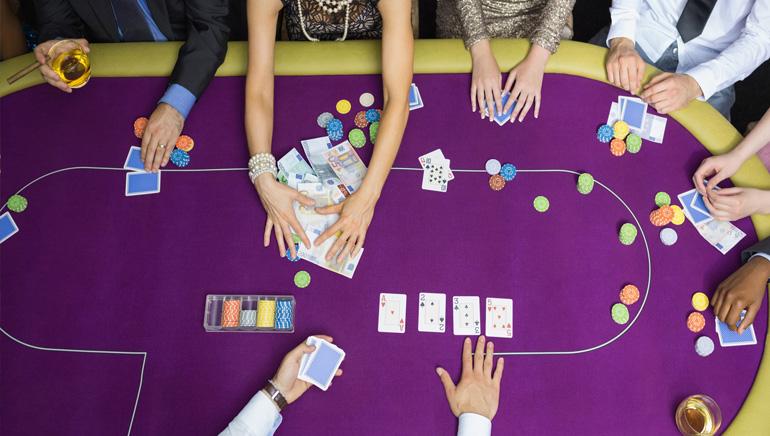 Tiešsaistes pokera